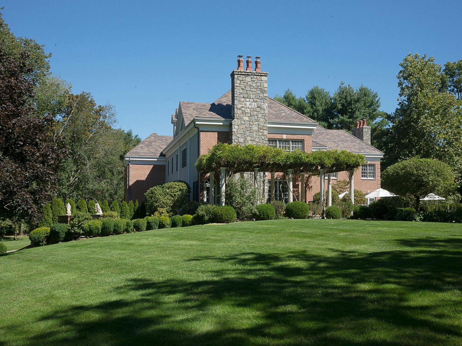 Deerfield Manor