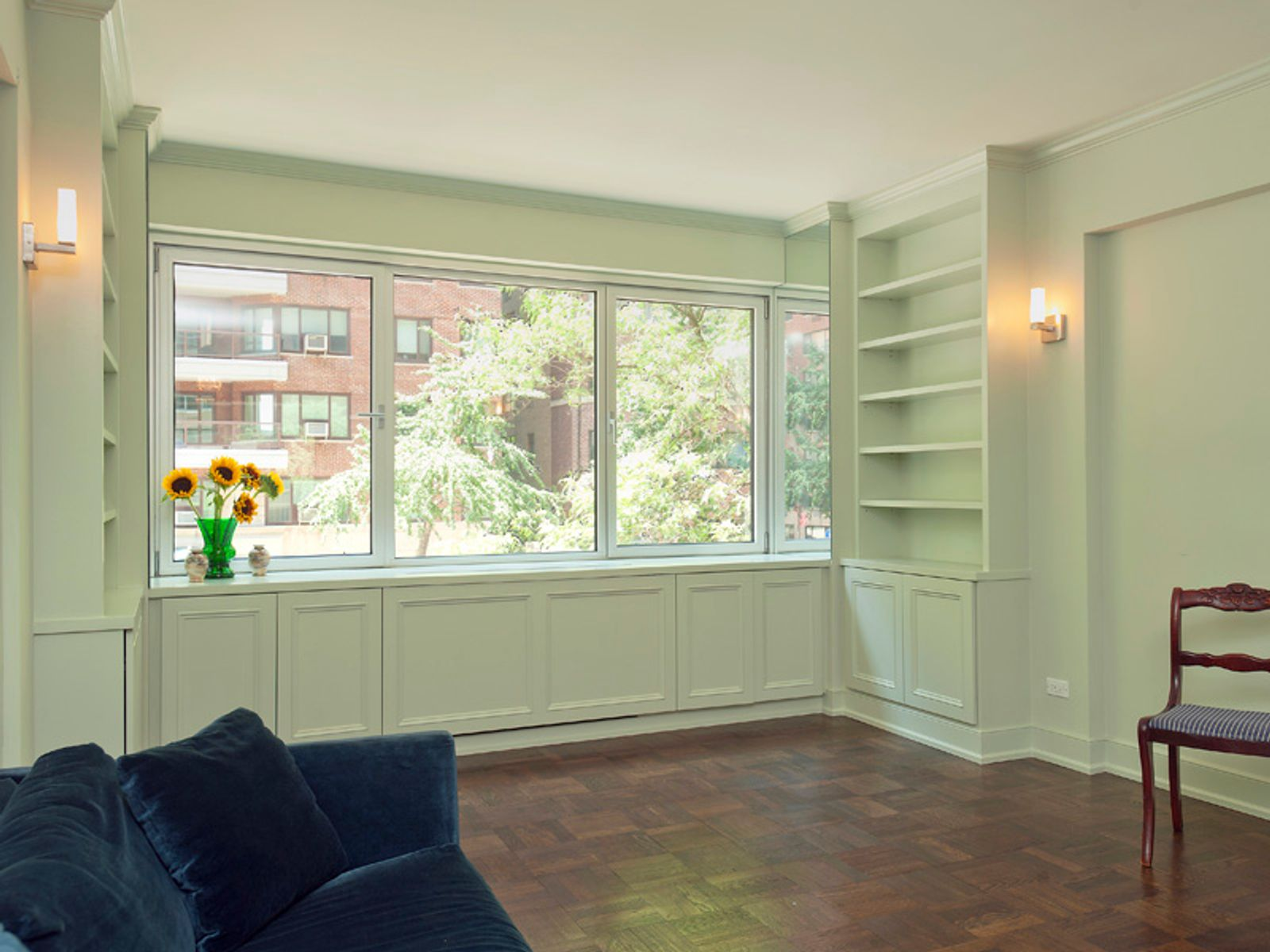 Dream 1-Bedroom on Sutton Place South