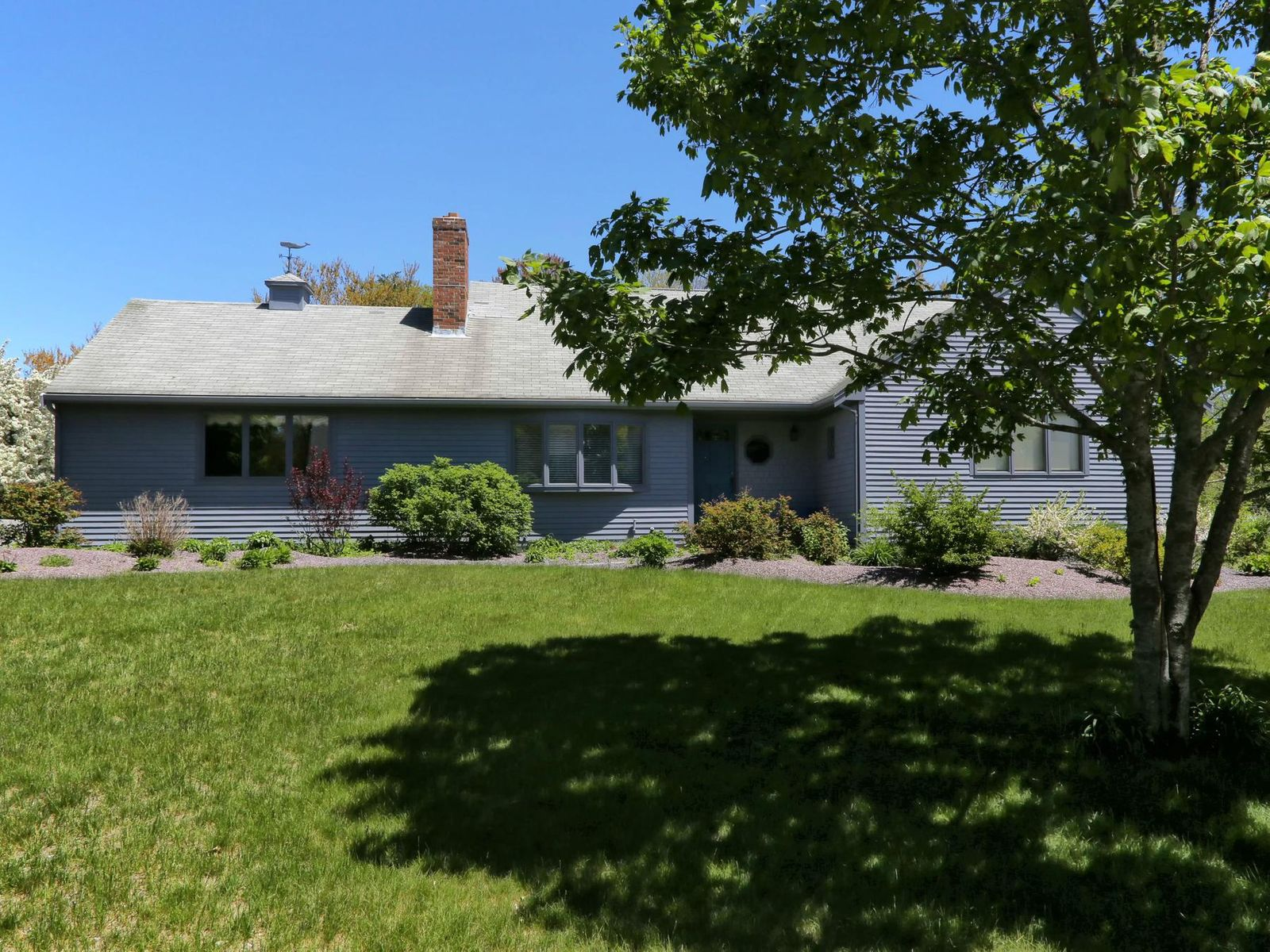 Updated Spacious Ranch, Falmouth MA Single Family Home - Cape Cod Real Estate
