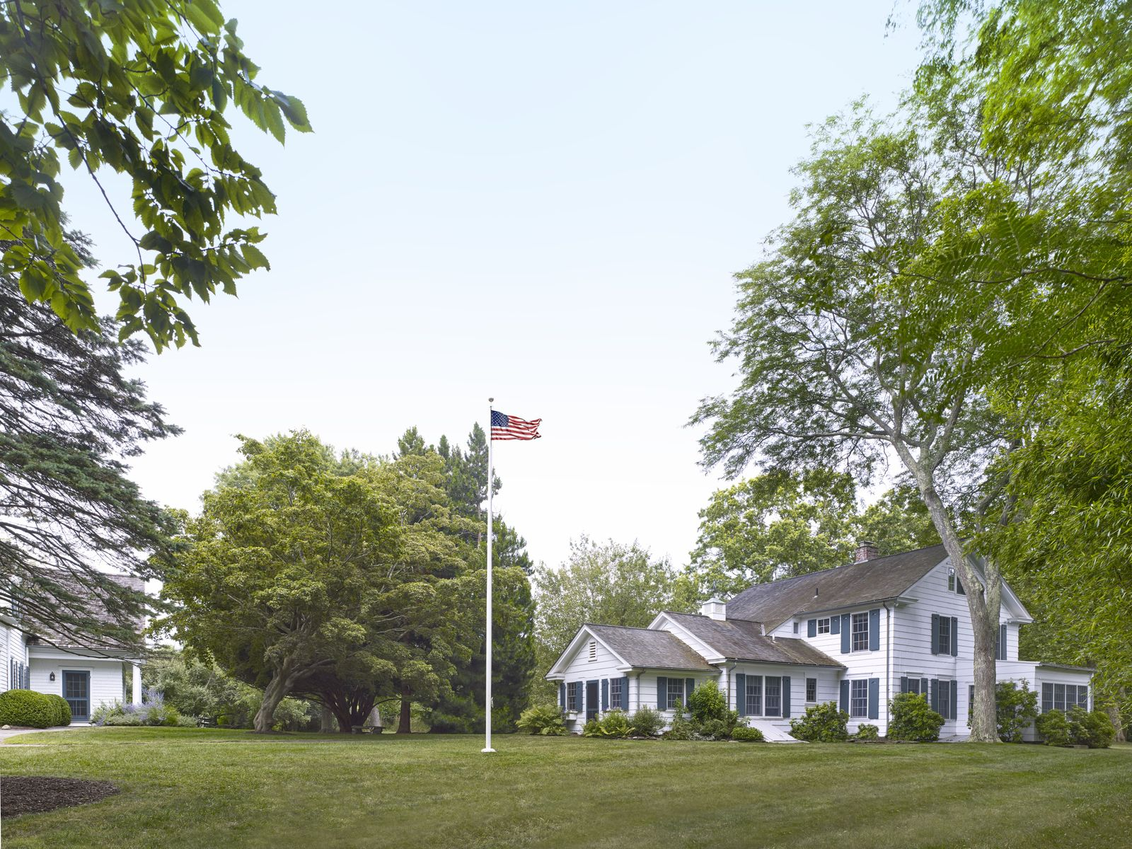 Spectacular Shelter Island Compound   , Shelter Island NY Single Family Home - Hamptons Real Estate