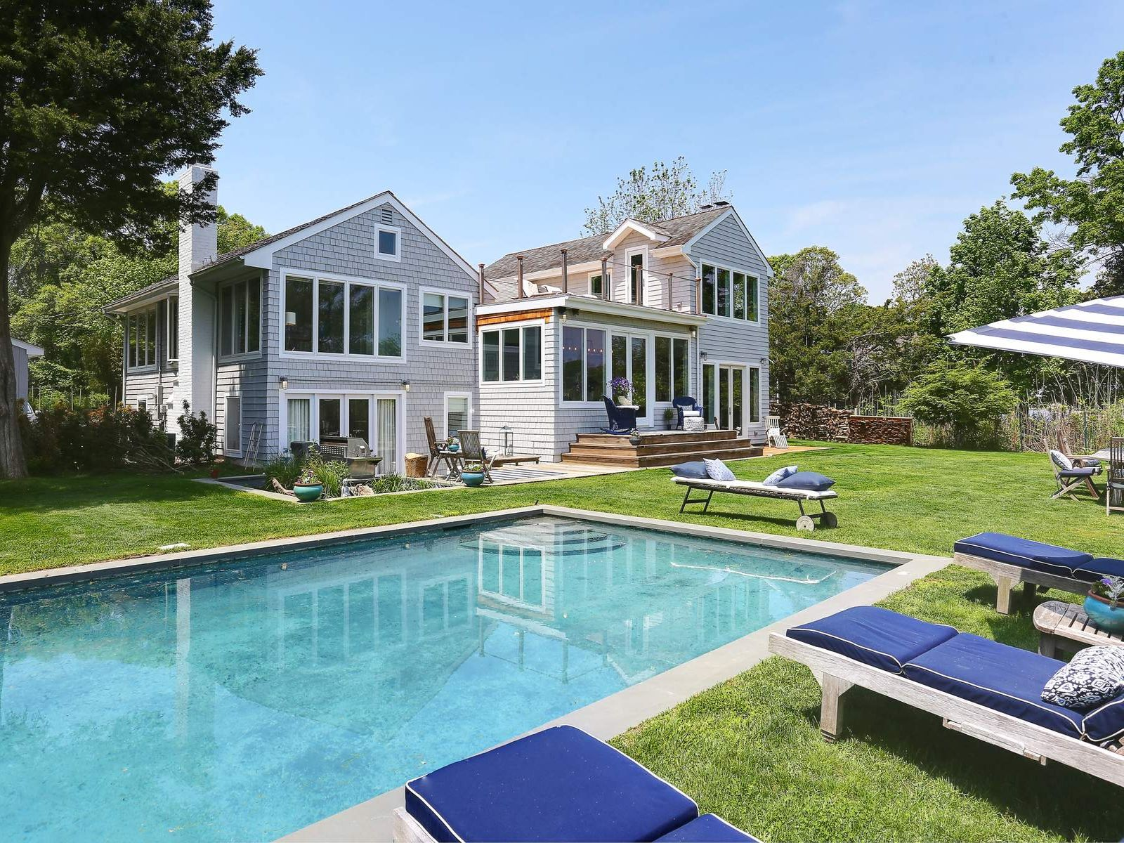 2.4 +/- acres fou Summer Enjoyment, Sag Harbor NY Single Family Home - Hamptons Real Estate