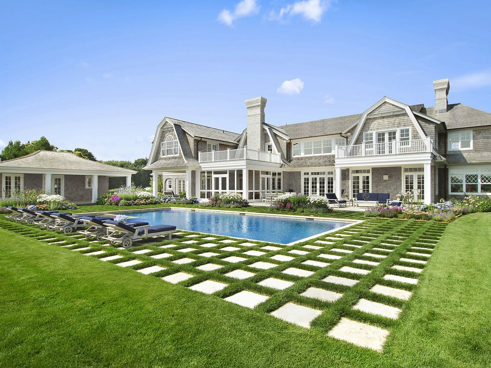 Elegant New Manor Home, Water Mill NY Single Family Home - Hamptons Real Estate