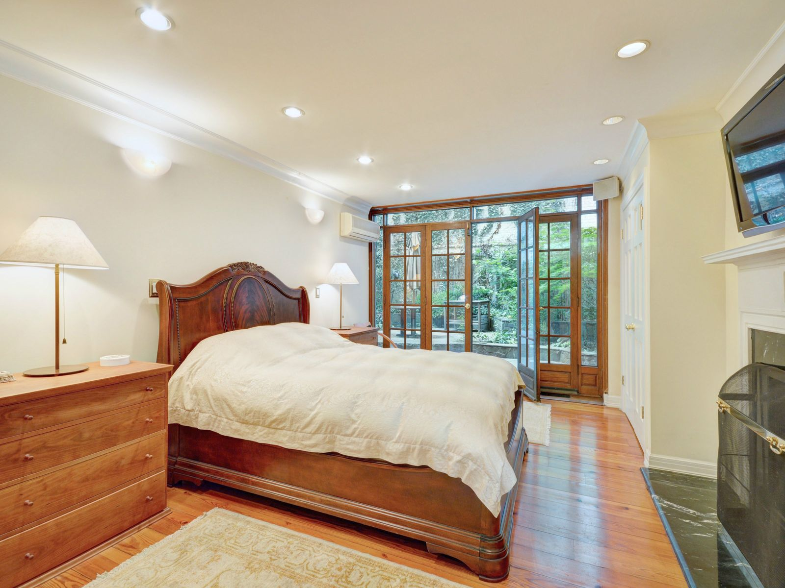 2 Gramercy Park West: Tranquility
