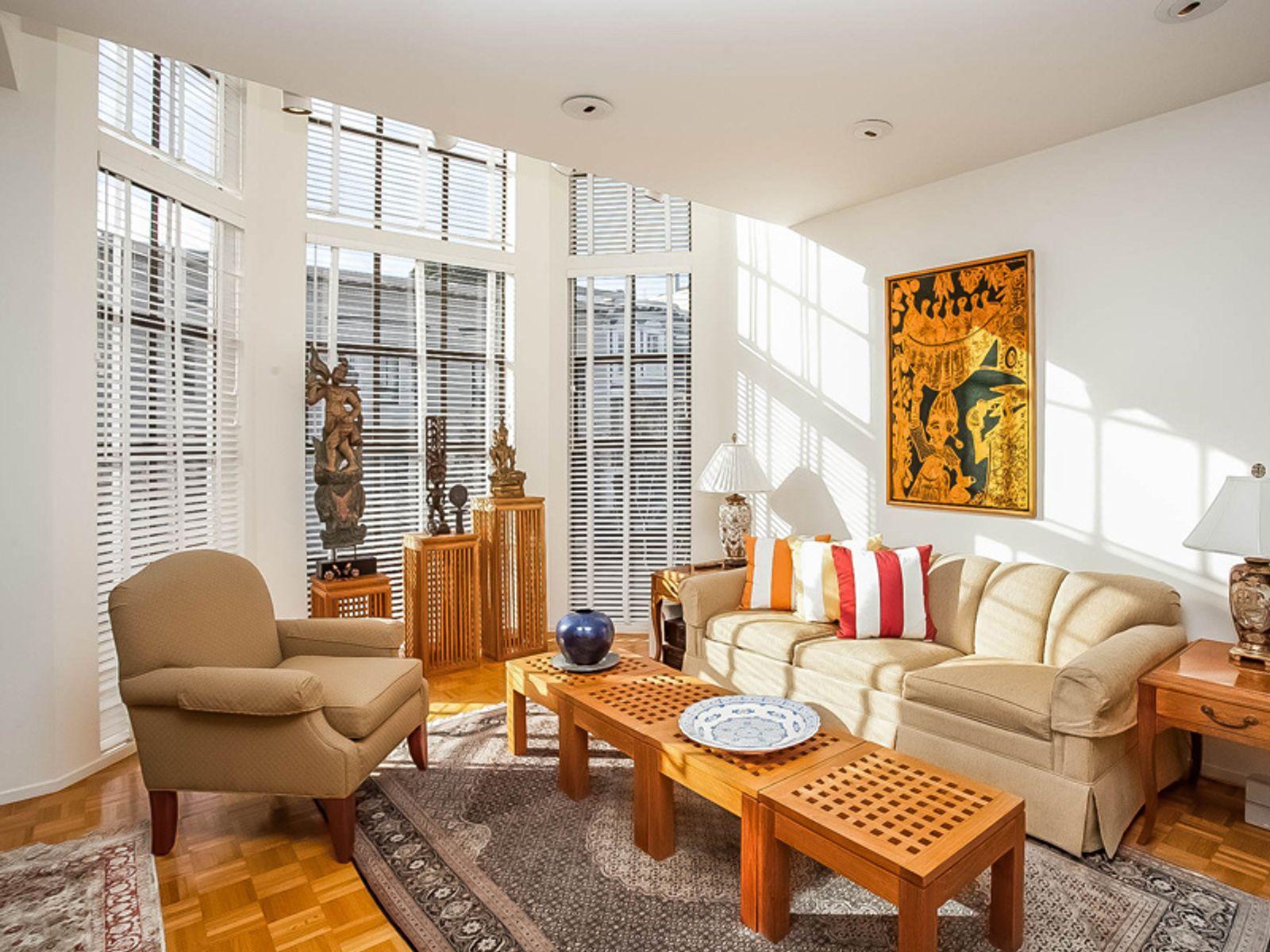 Pacific Heights Townhome Condominium