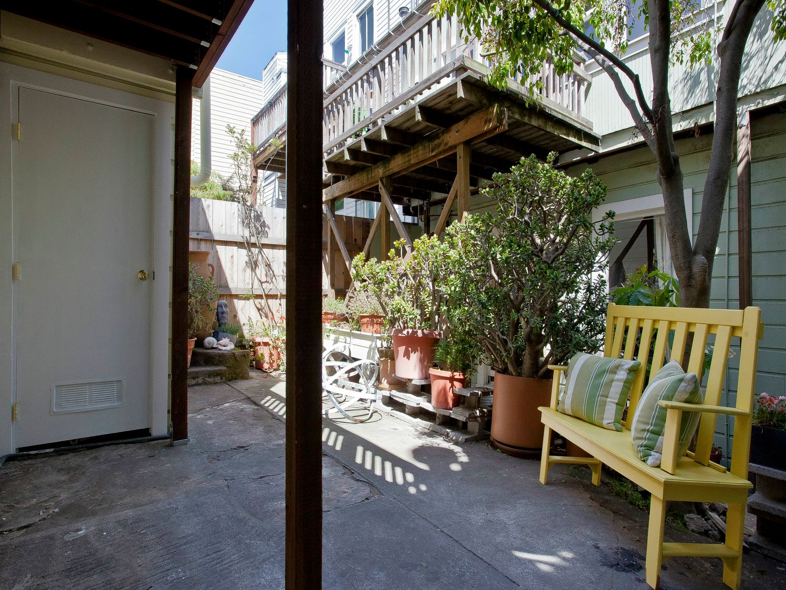 Hayes Valley Carriage House