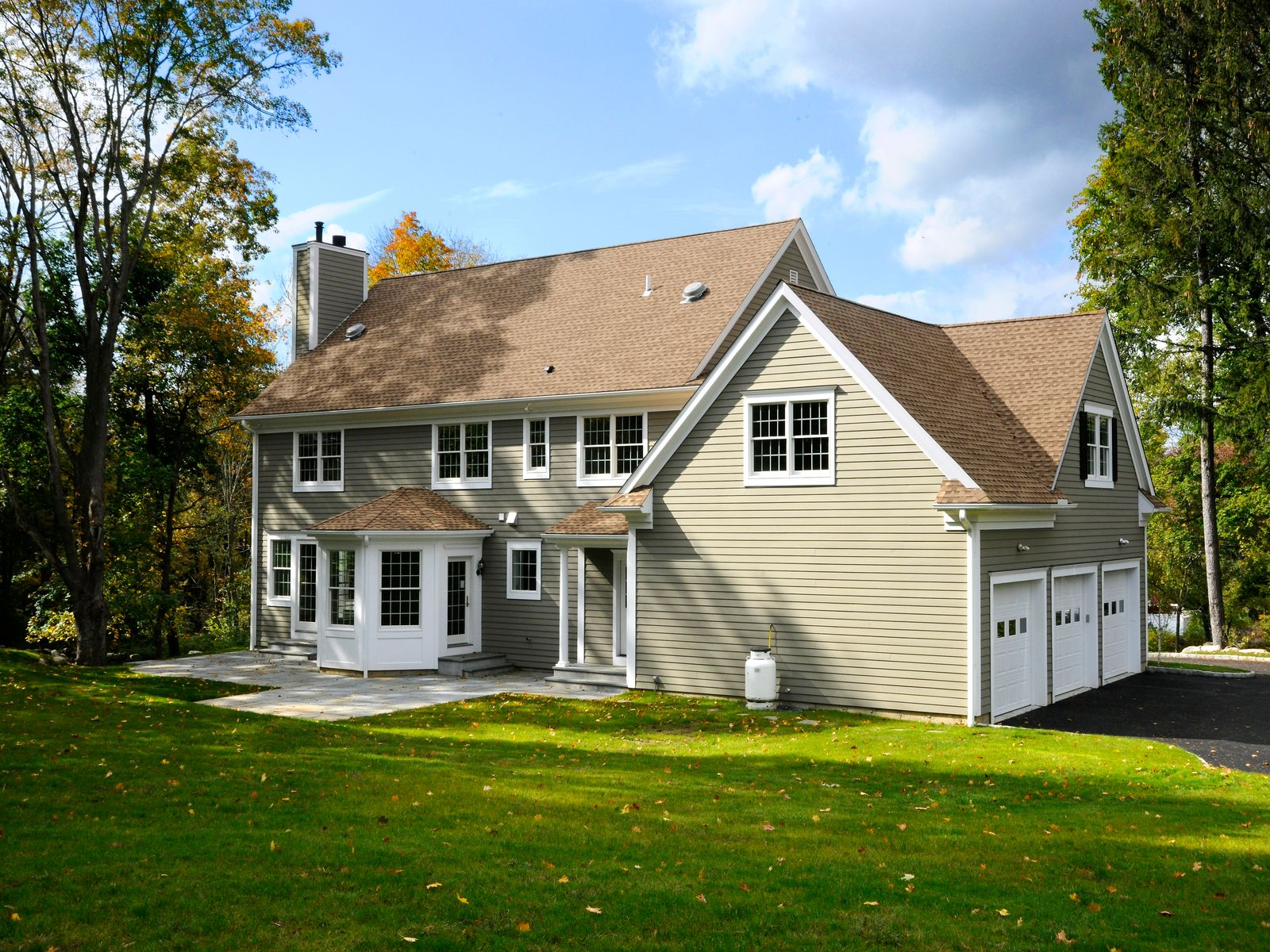 New Construction-Classic Colonial Style