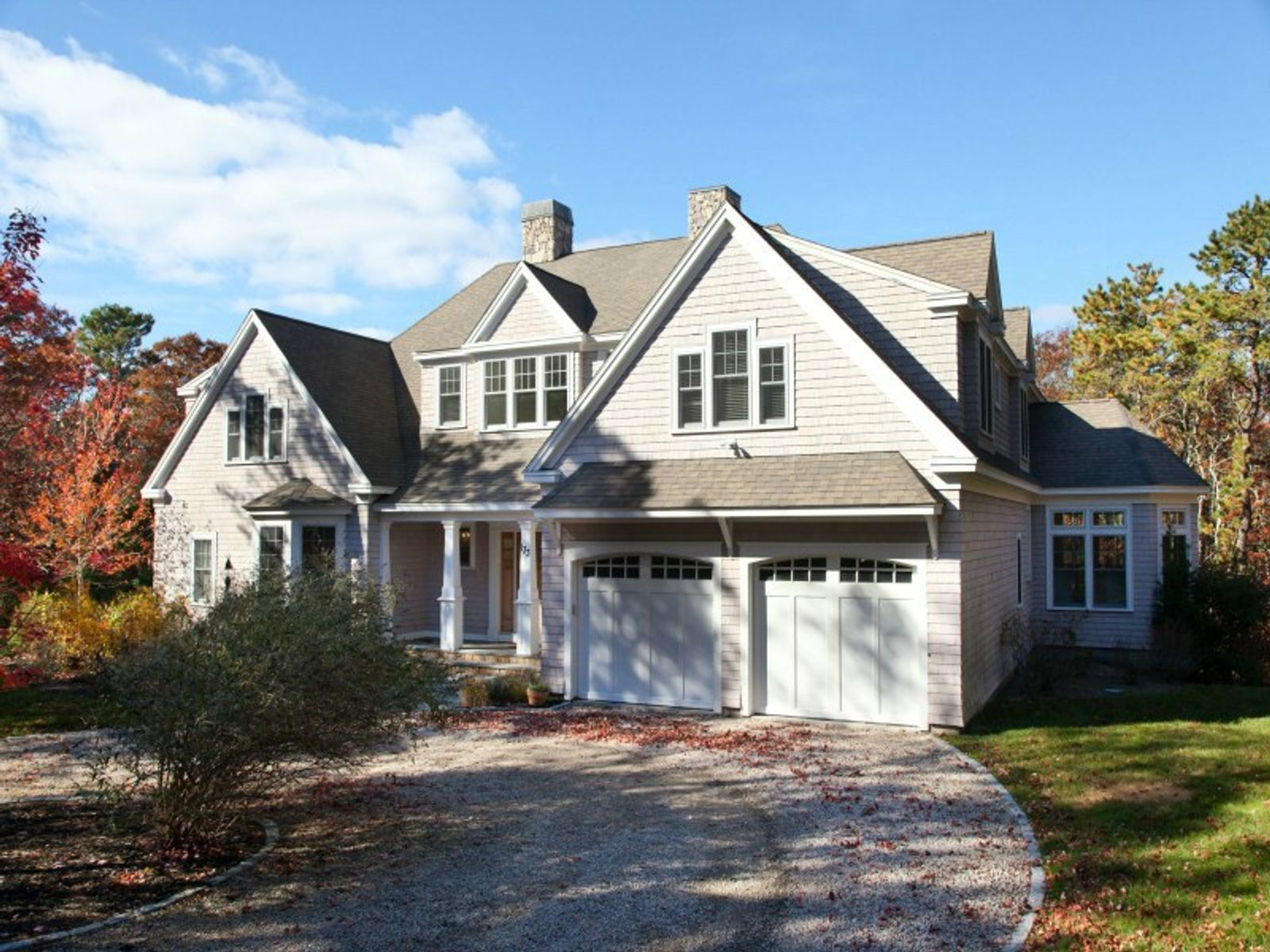 Gorgeous Contemporary with Inground Pool, Mashpee MA Single Family Home - Cape Cod Real Estate