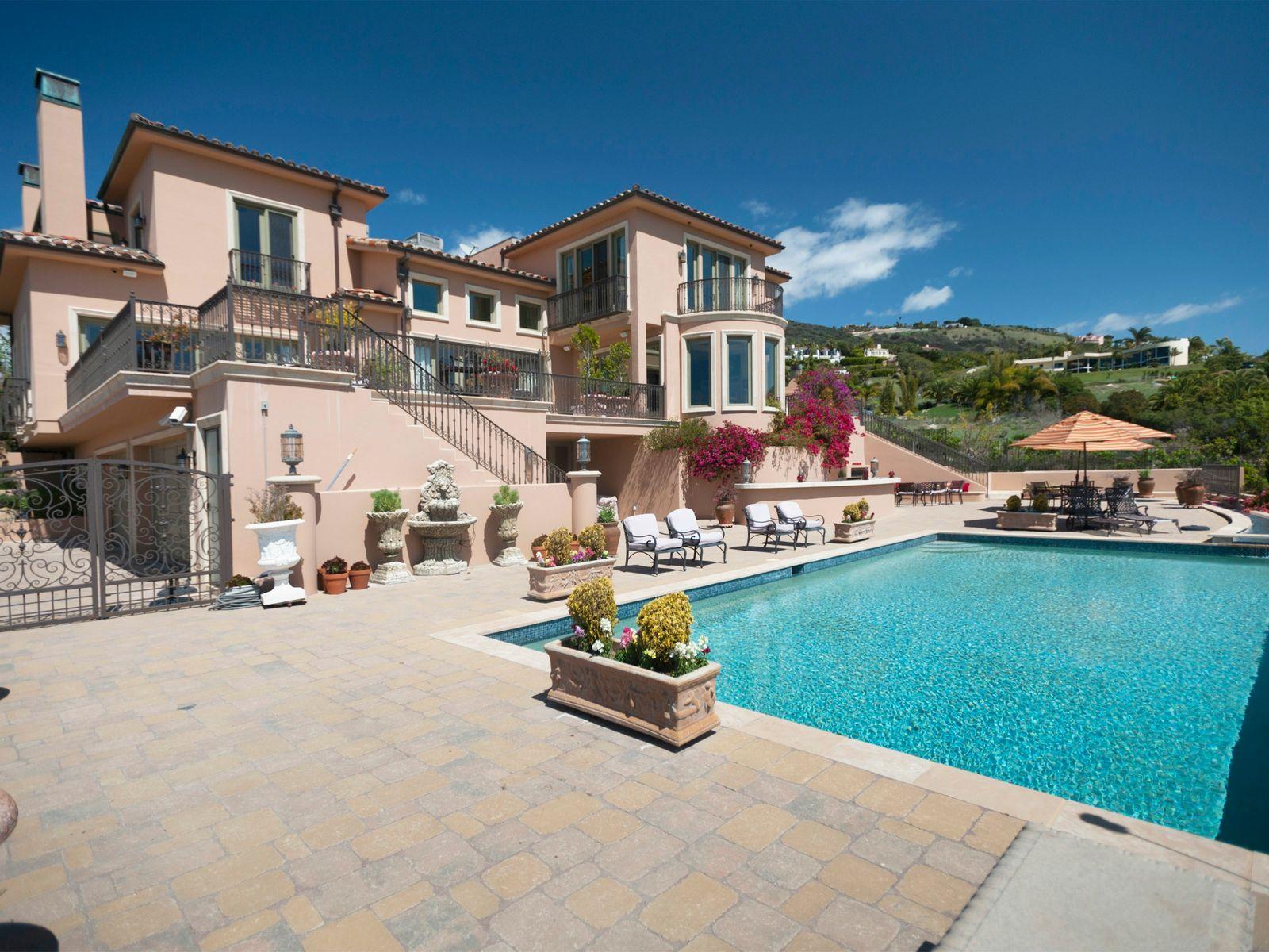 Malibu's Tuscan Treasure