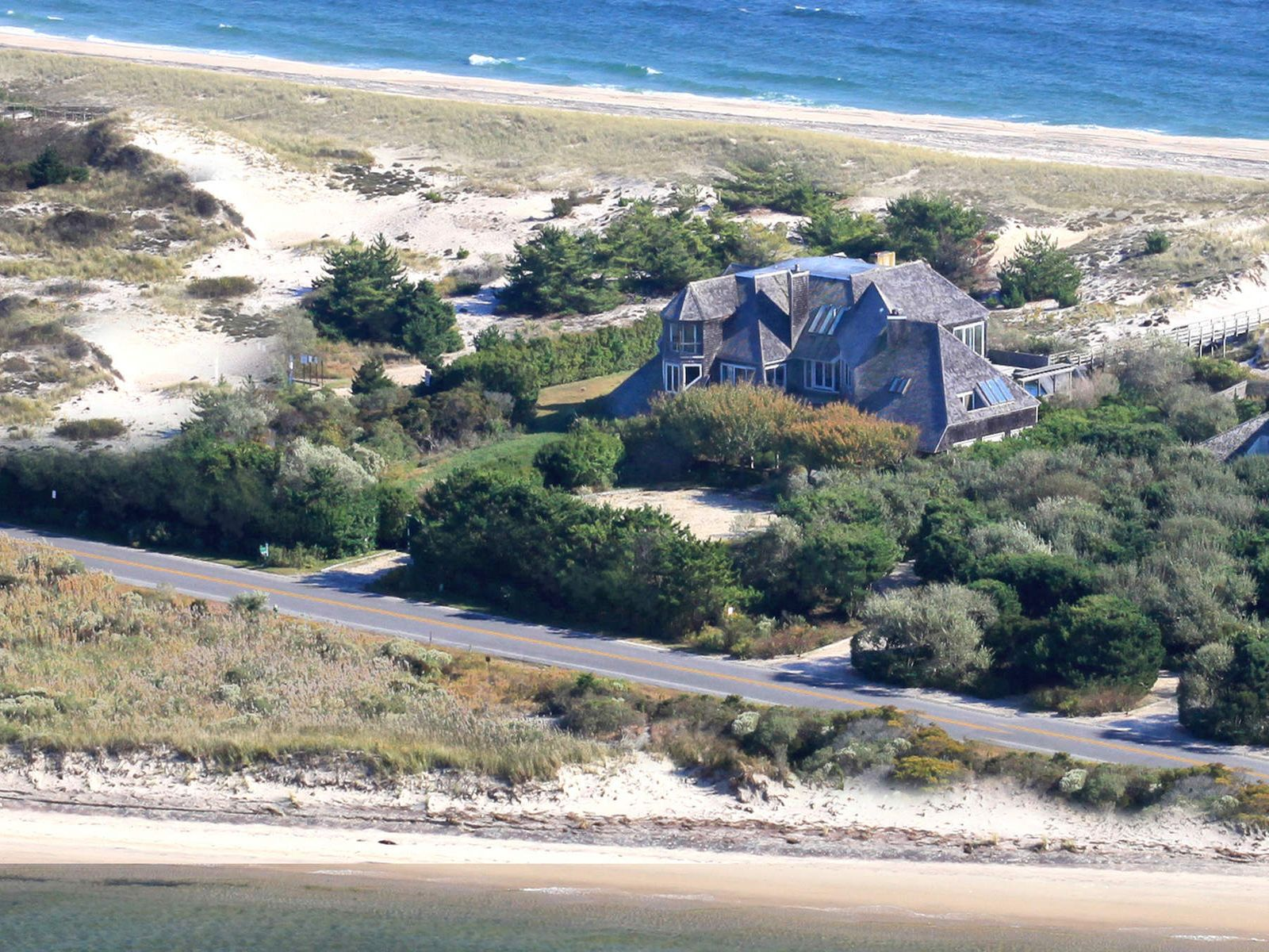 Exquisite Plans For Oceanfront Home, Southampton NY Single Family Home - Hamptons Real Estate
