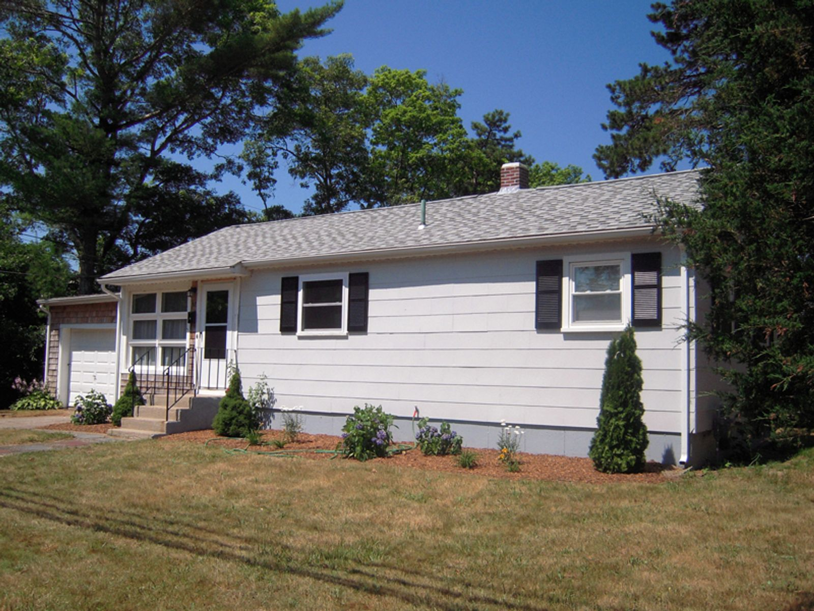 Beautifully Renovated Ranch, East Falmouth MA Single Family Home - Cape Cod Real Estate