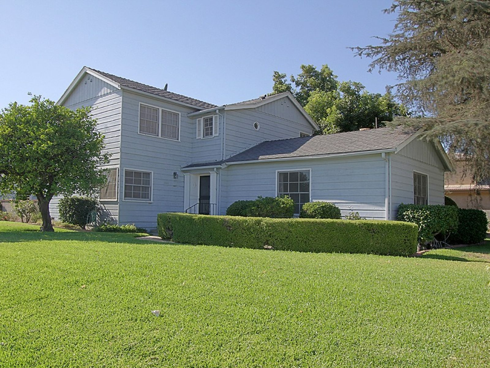 Two-story Traditional on Double Lot, Temple City CA Single Family Home - Pasadena Real Estate