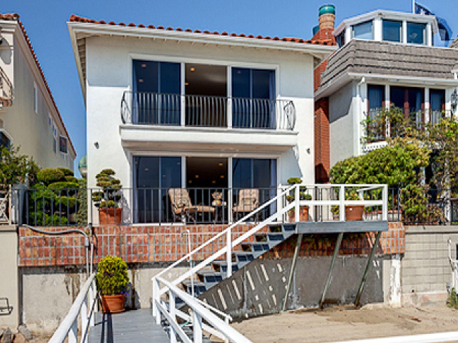 Newport Lido Isle Home