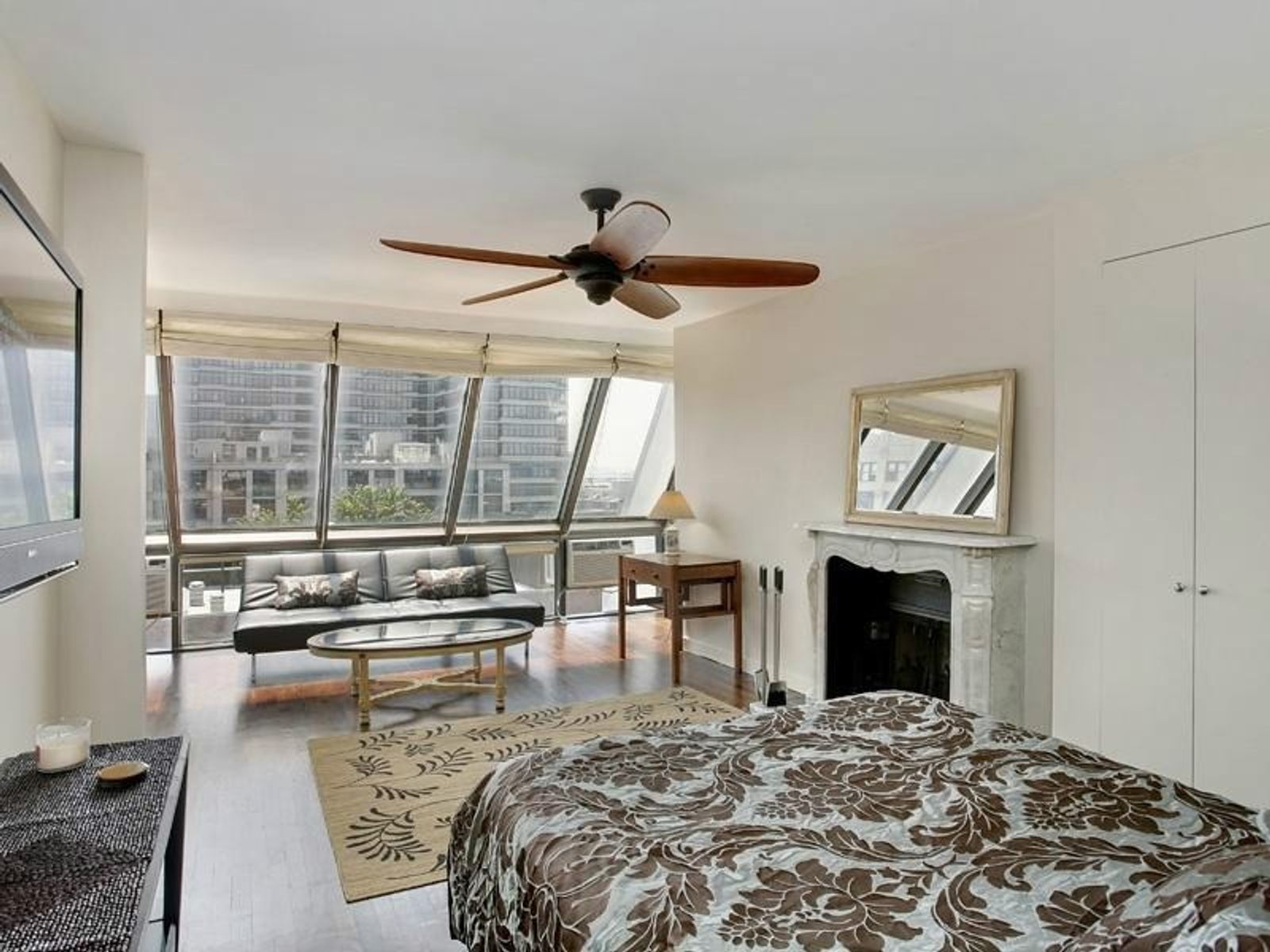 West Village Condo - 130 Barrow St