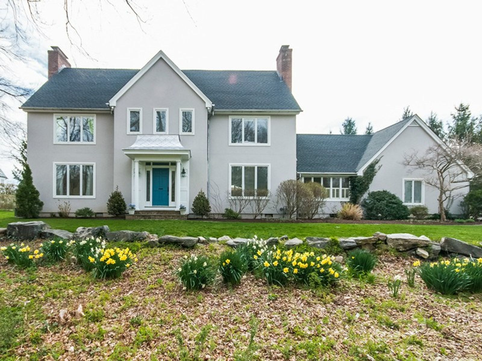 Picturesque in Riverside, Riverside CT Single Family Home - Greenwich Real Estate