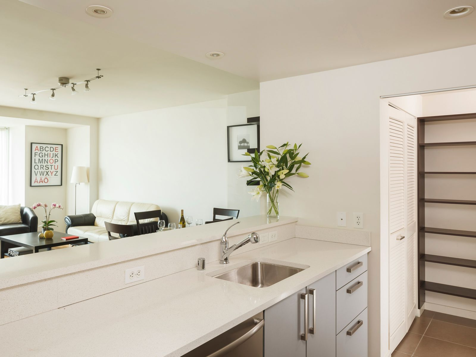 555 Fourth Street Unit 639