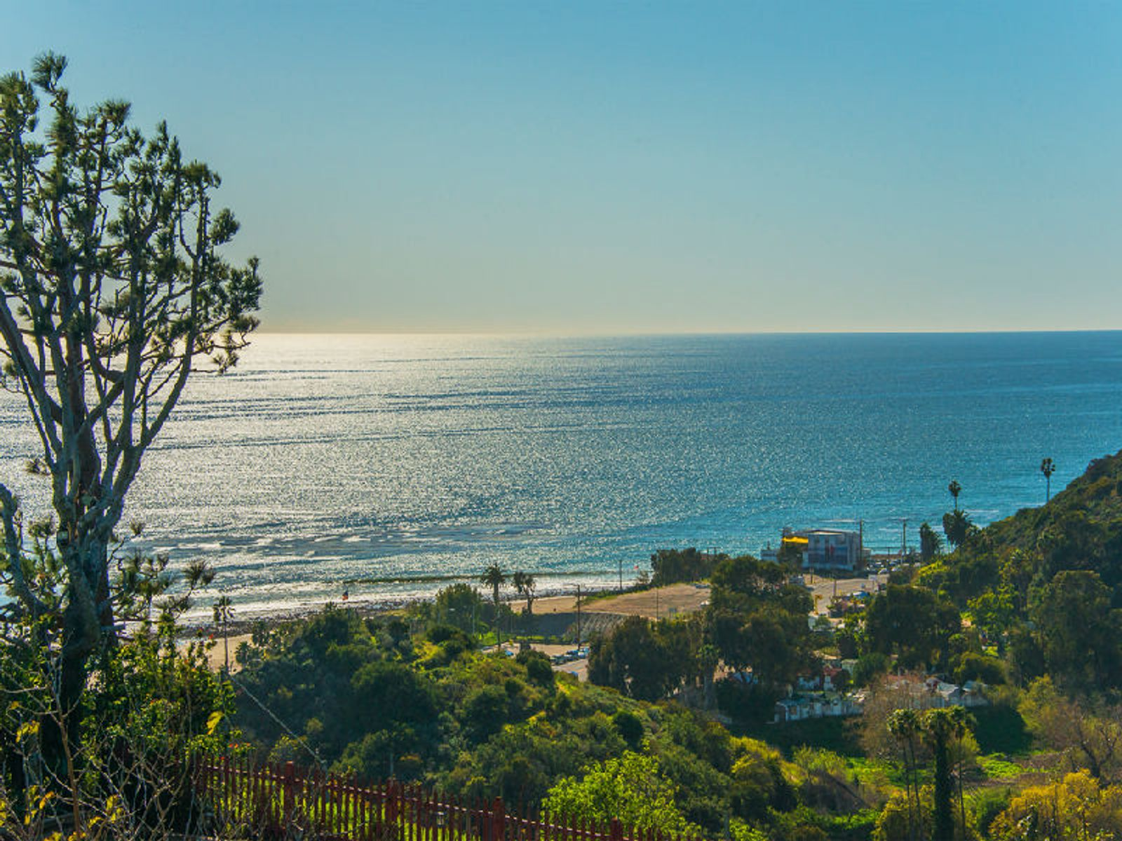 Ocean and Mountain Views