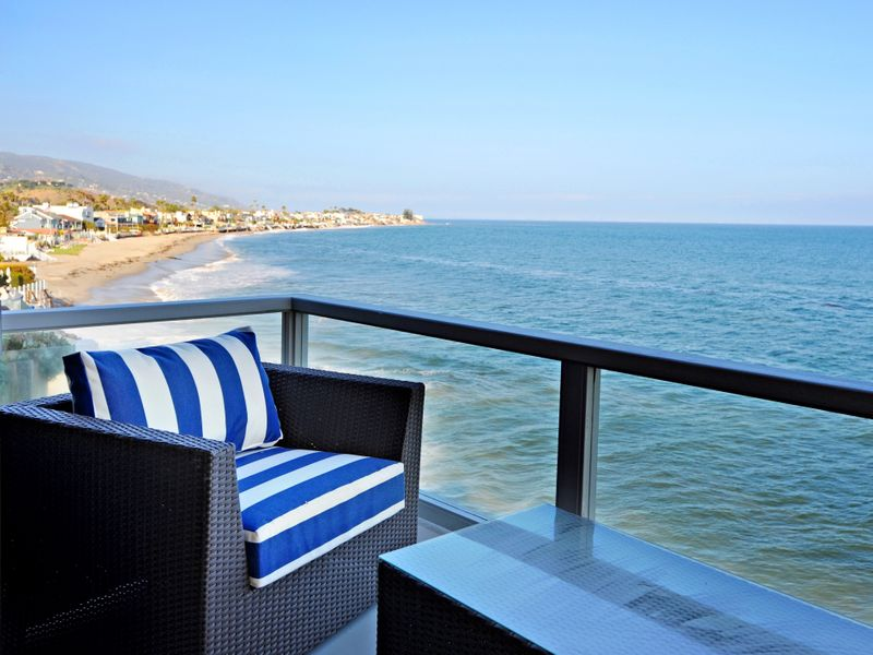 Fully Furnished Lease on Colony Beach