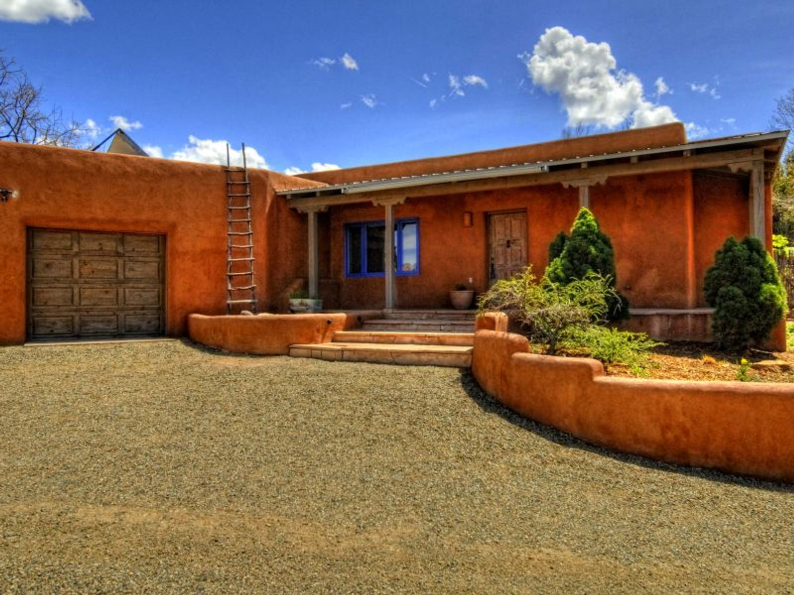 65 Vista Redonda, Santa Fe NM Single Family Home - Santa Fe Real Estate