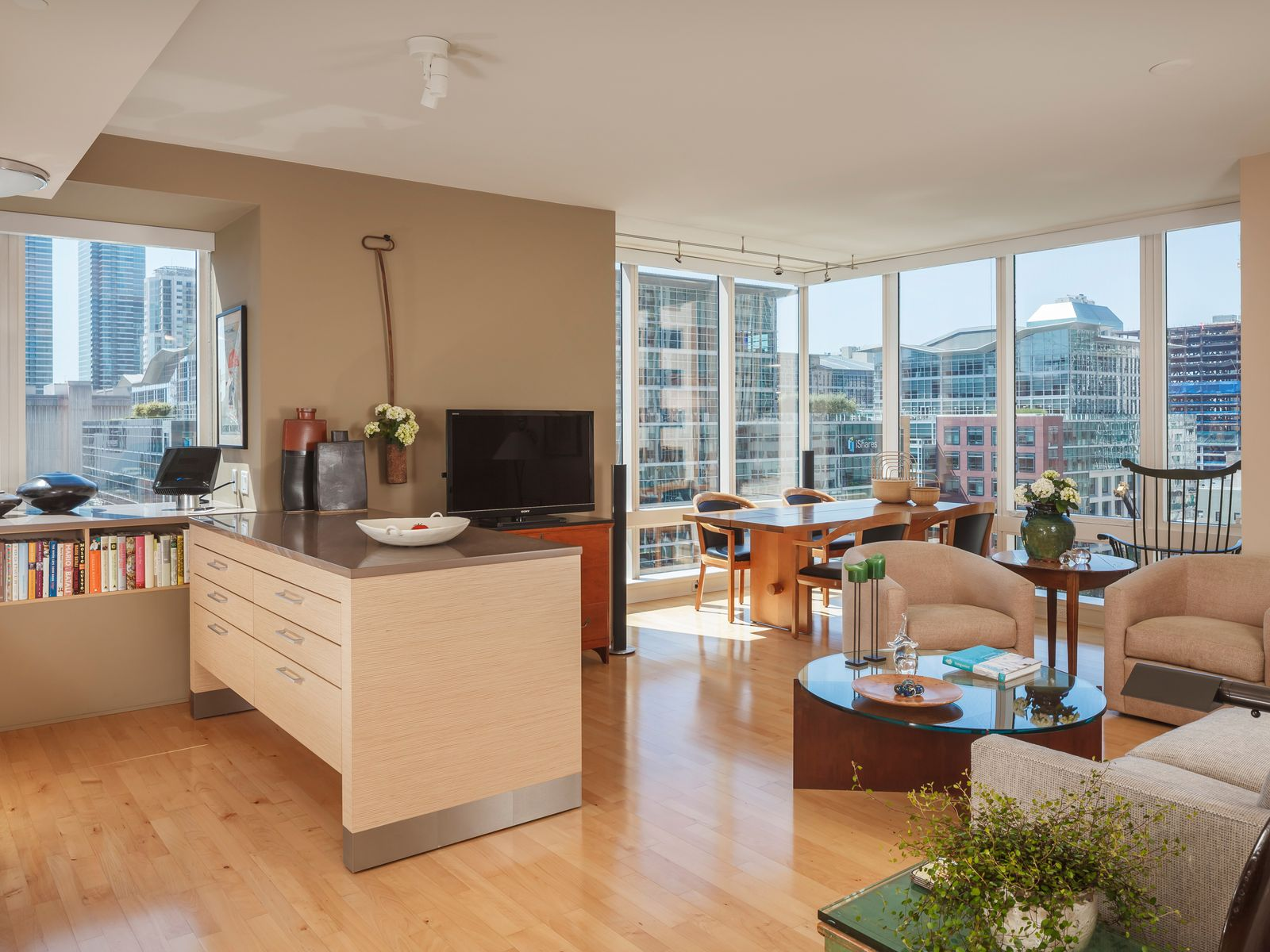 Millennium Tower Southwest Corner Condo, San Francisco CA Condominium - San Francisco Real Estate