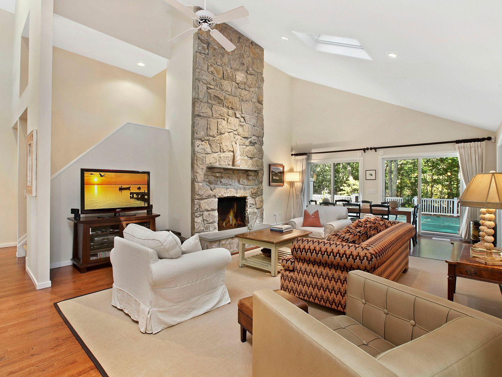 Sparkling, light-filled, modern home