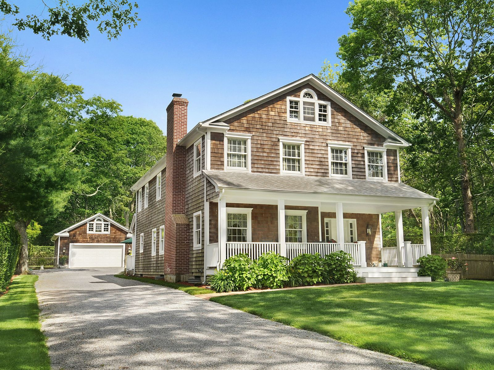 East Hampton Traditional, East Hampton NY Single Family Home - Hamptons Real Estate