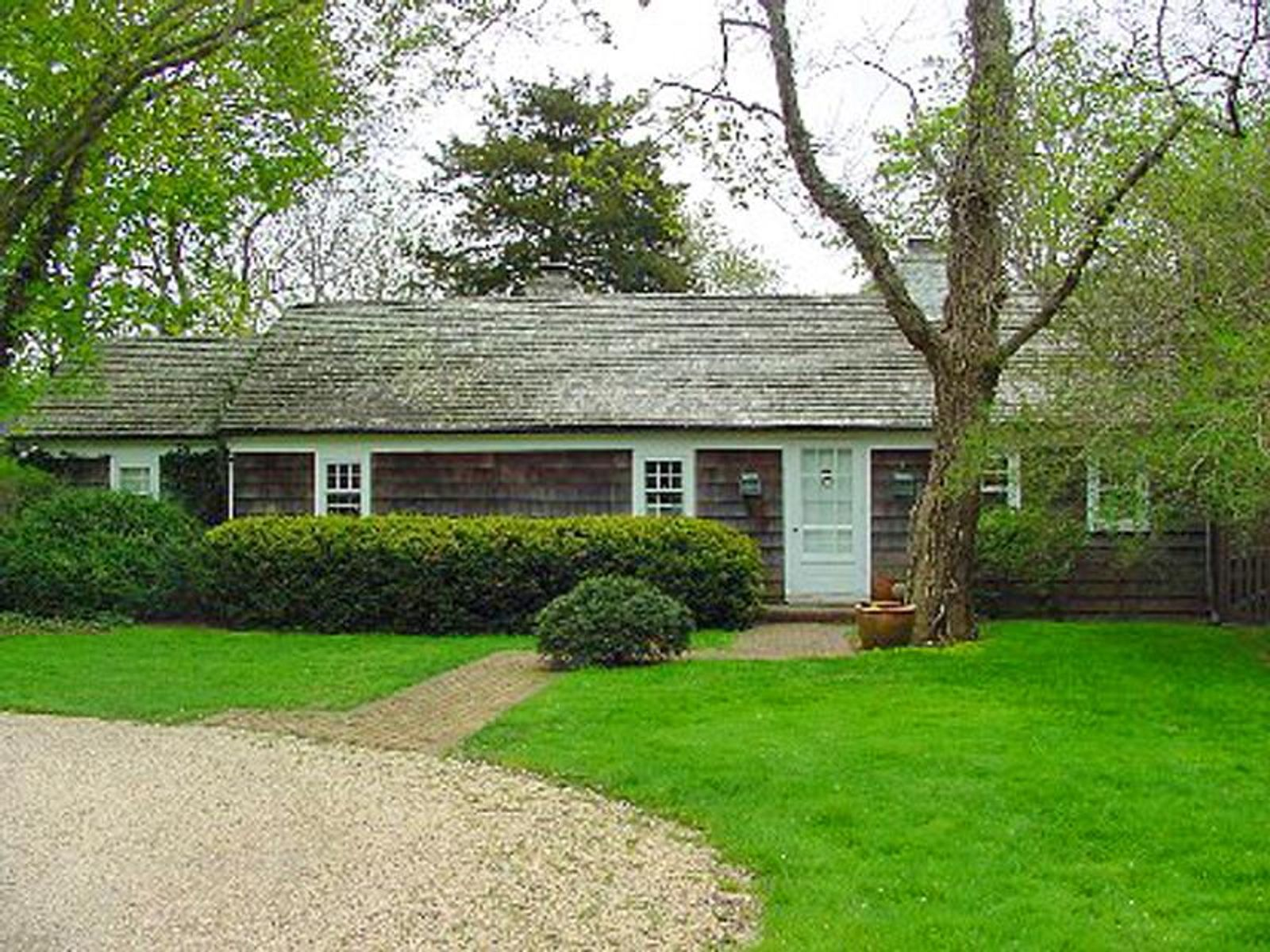 Wonderful Bridgehampton Summer Rental , Bridgehampton NY Single Family Home - Hamptons Real Estate