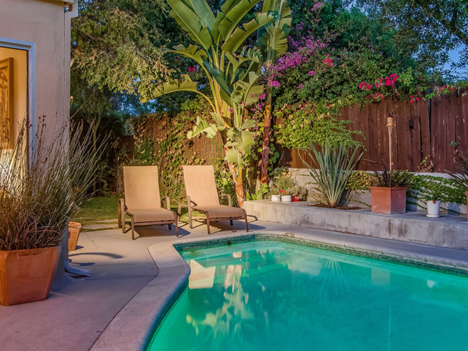 7706 Chandelle Place, Los Angeles CA Single Family Home - Los Angeles Real Estate