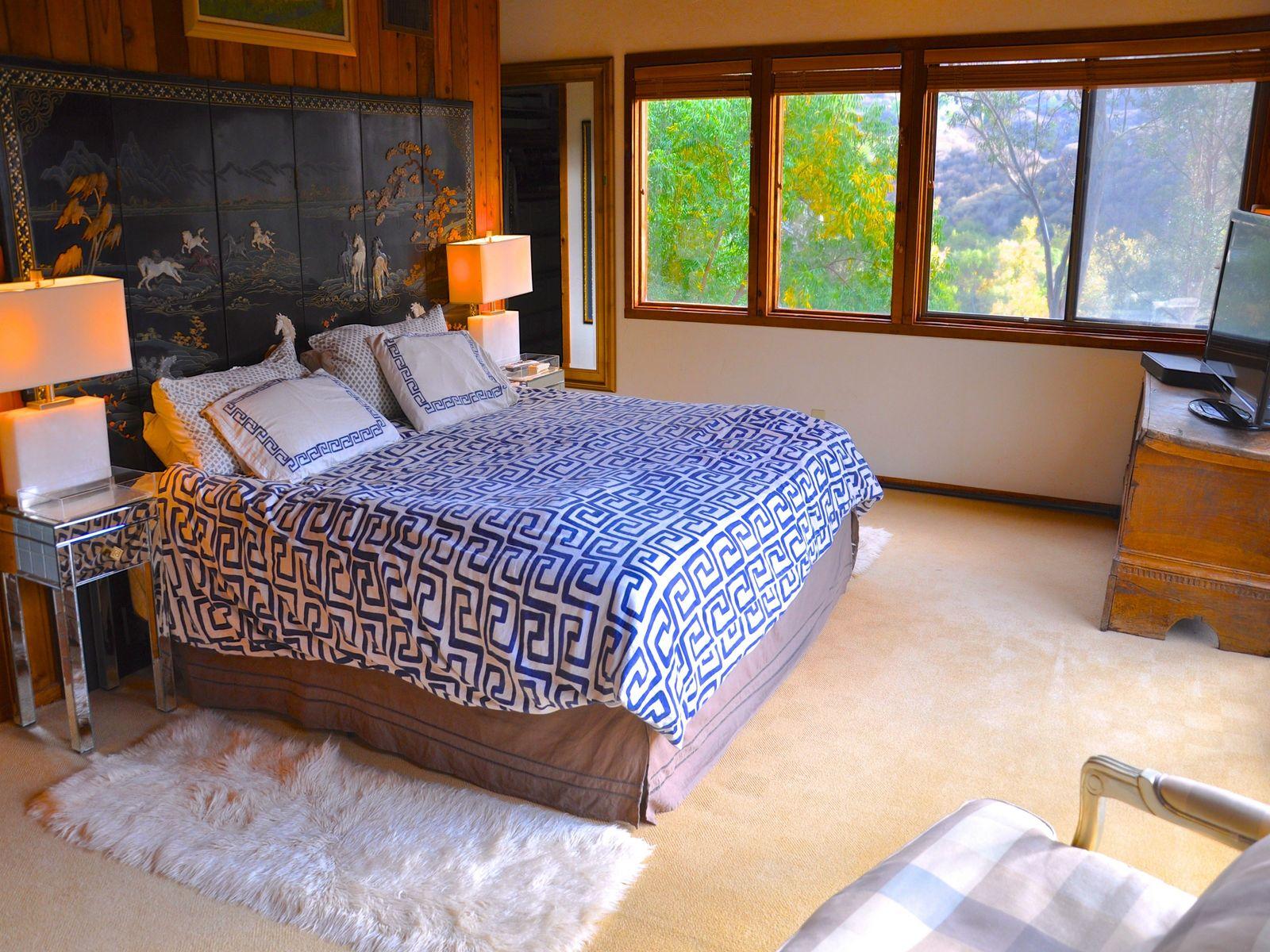 Amazing Monte Nido Property
