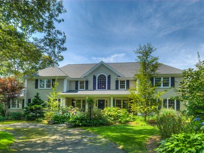 Classic Seapuit Estate, Osterville MA Single Family Home - Cape Cod Real Estate