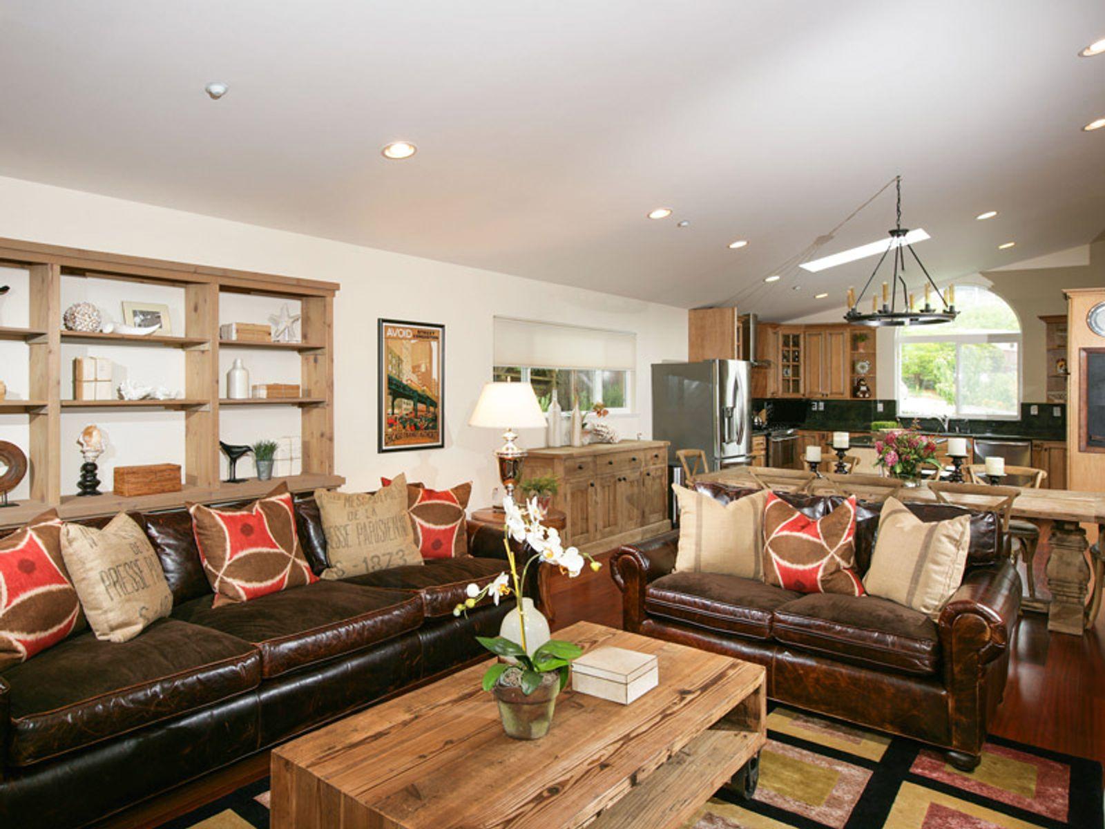 Beautifully Renovated Tiburon Home