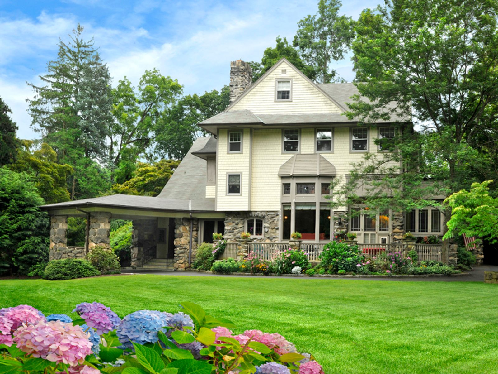 Historic Stonehenge, Old Greenwich CT Single Family Home - Greenwich Real Estate