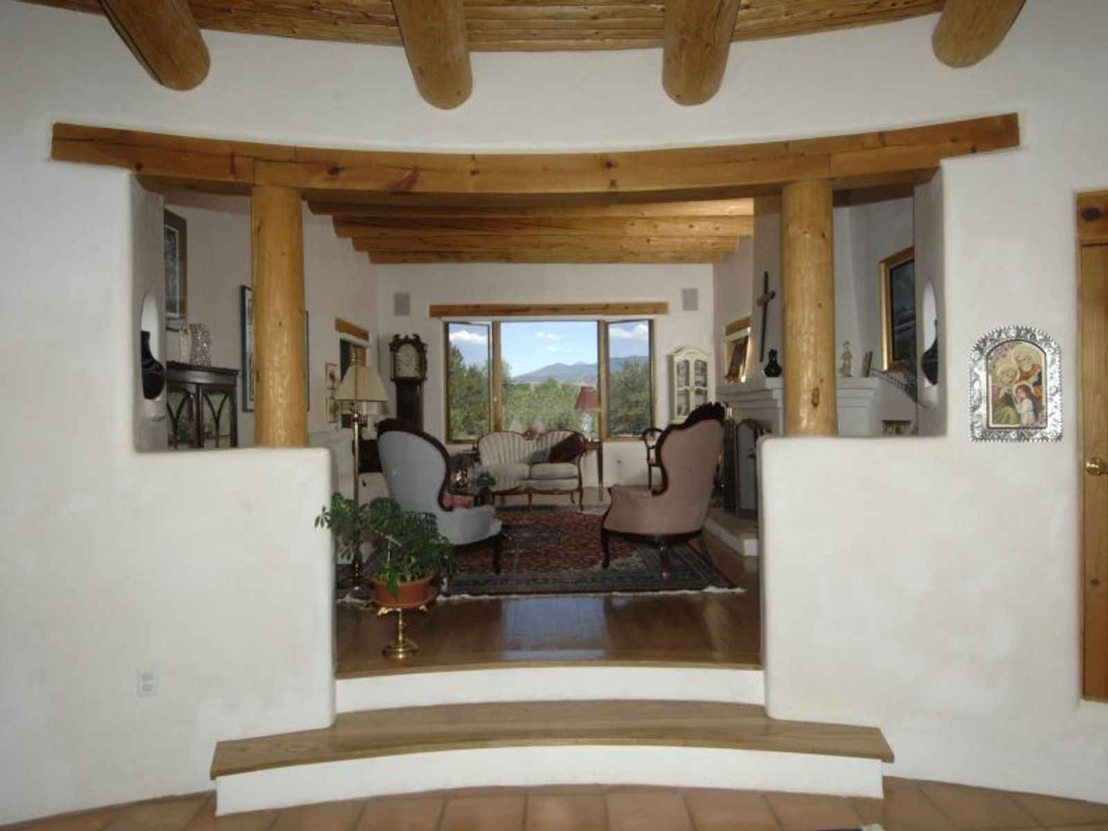 950  Old Taos Hwy