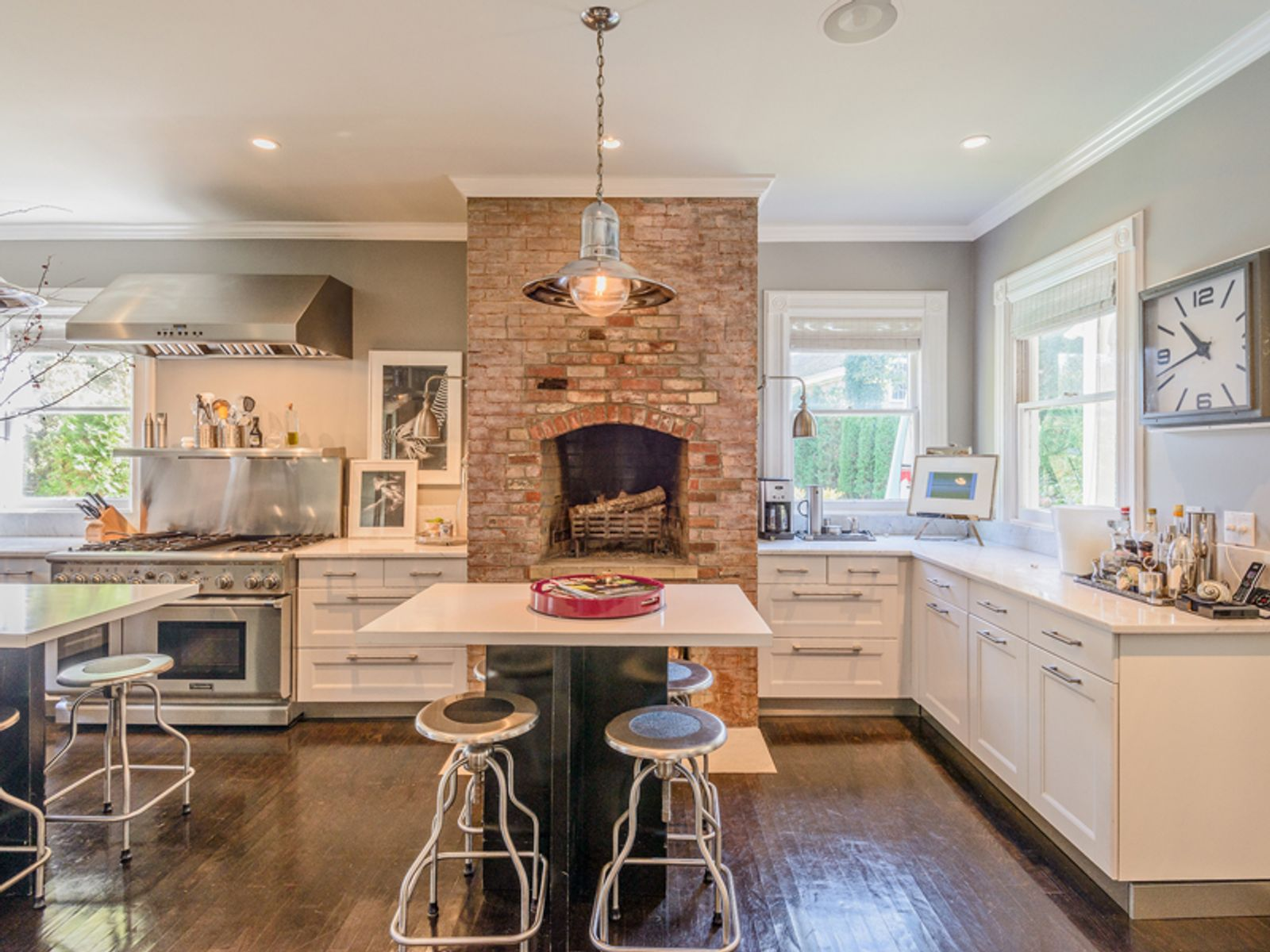 Stylish Renovation – Village Victorian