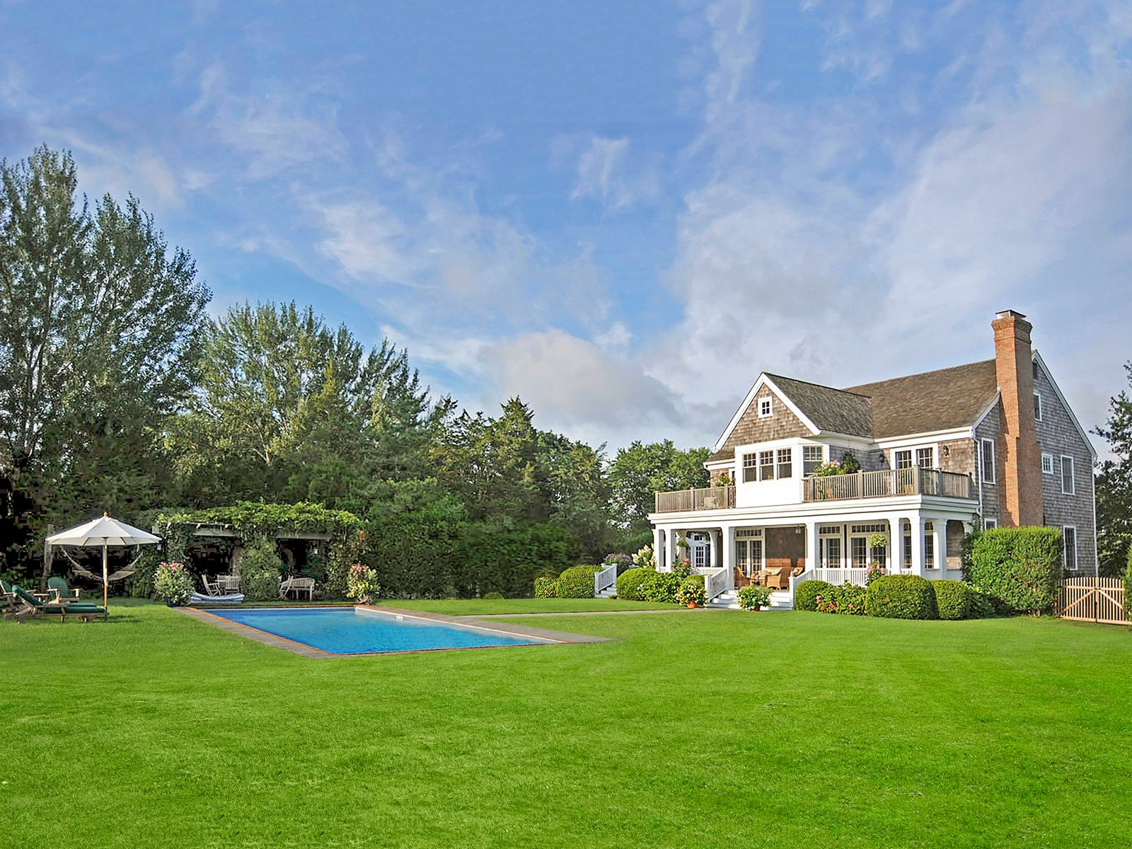 Exceptional Bridgehampton Country Estate, Bridgehampton NY Single Family Home - Hamptons Real Estate