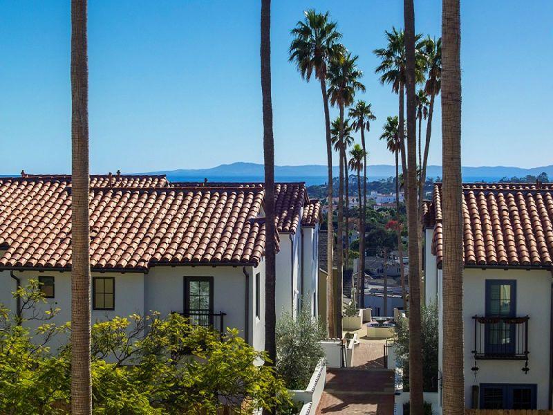 Live in the heart of Santa Barbara