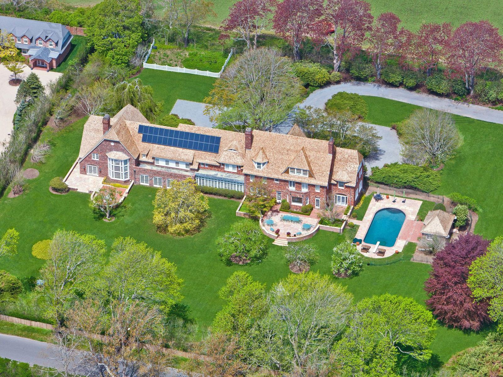Turn of the Century Atterbury Estate, Southampton NY Single Family Home - Hamptons Real Estate
