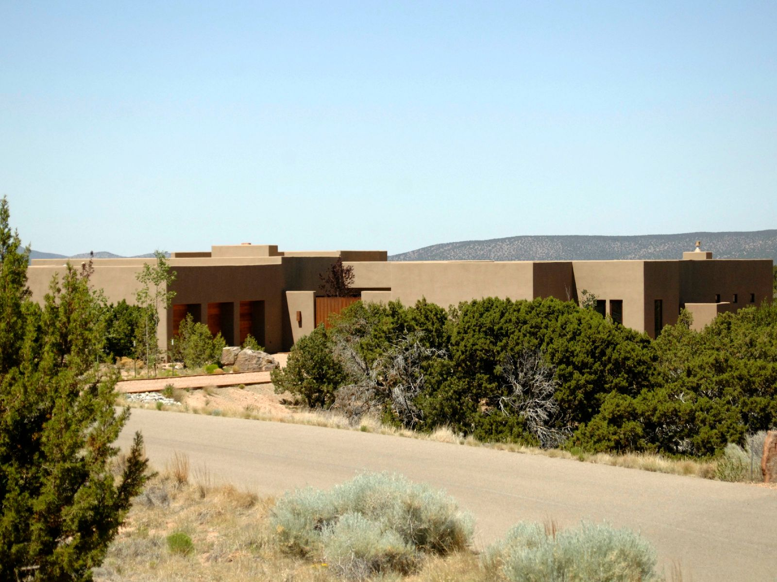 15 Rabbitbrush Road, Santa Fe NM Single Family Home - Santa Fe Real Estate