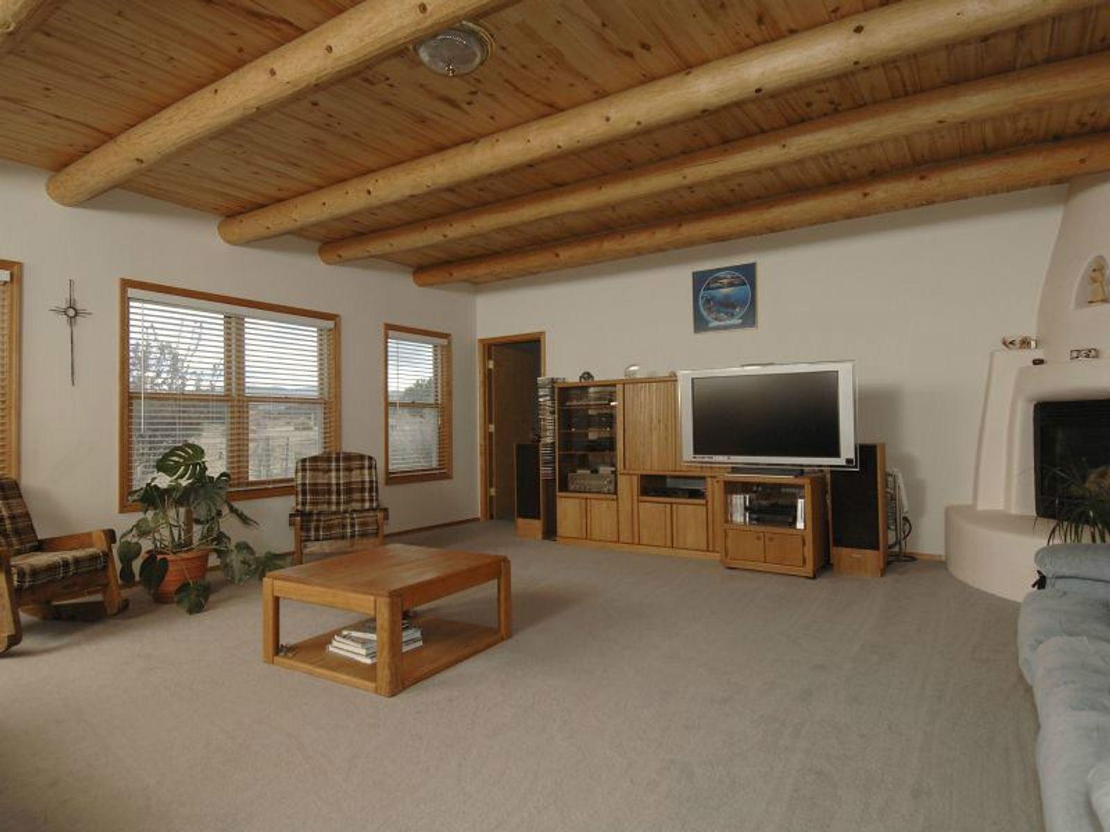 Great Room featuring Livingroom Diningroom