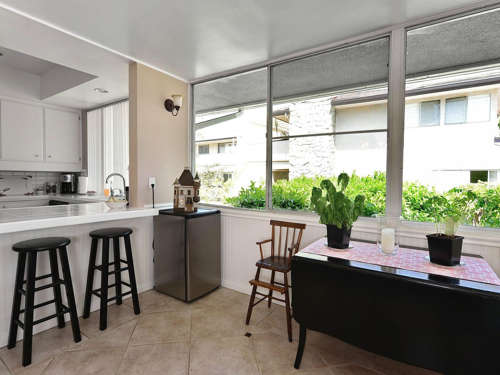 Mid-Century Modern Condominium Gem