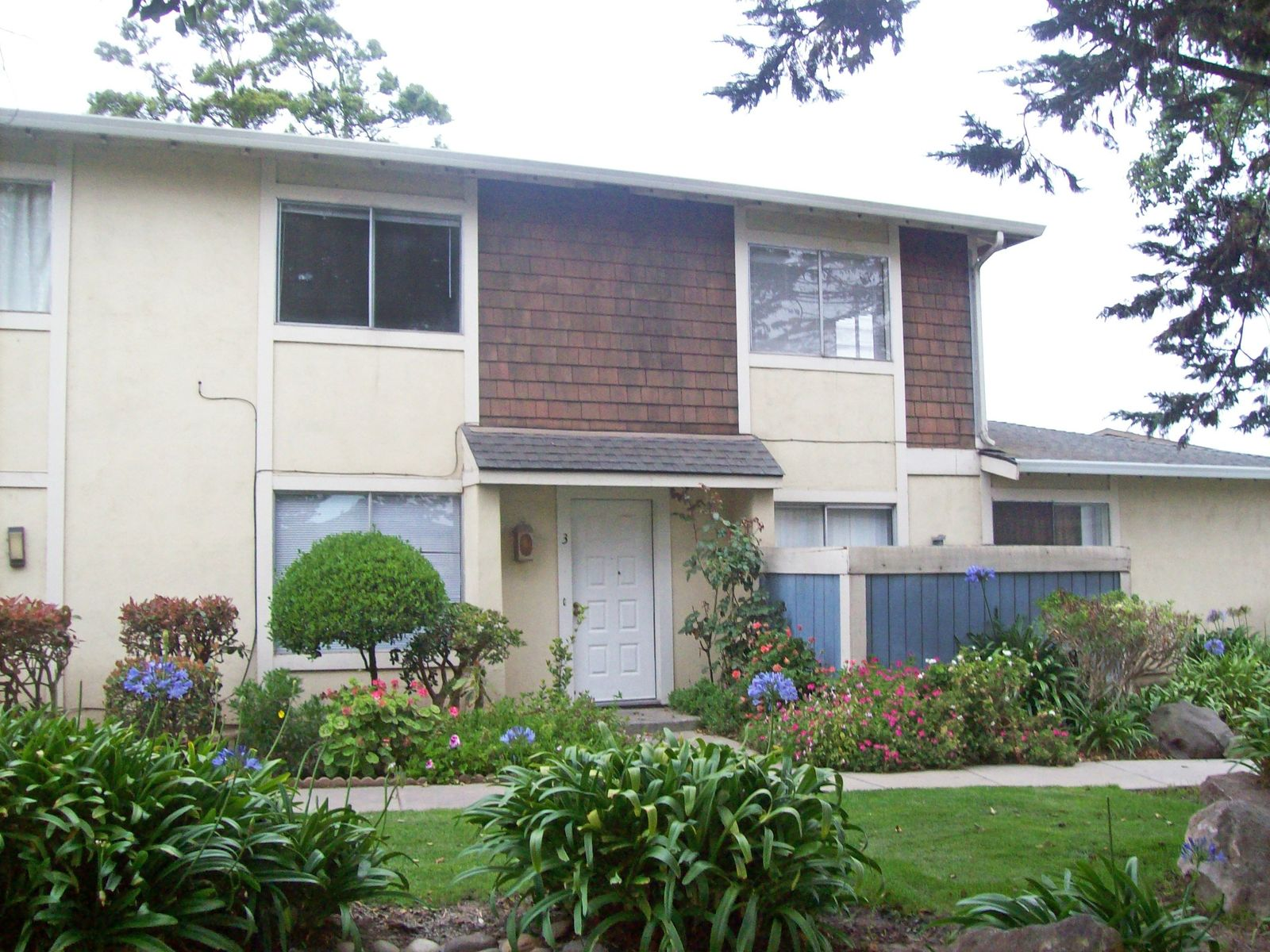 Great Time to Buy!, Salinas CA Townhouse - Monterey Real Estate