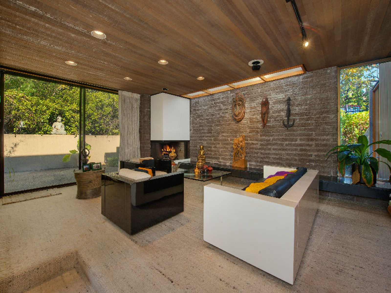Architectural Masterpiece Prime Location