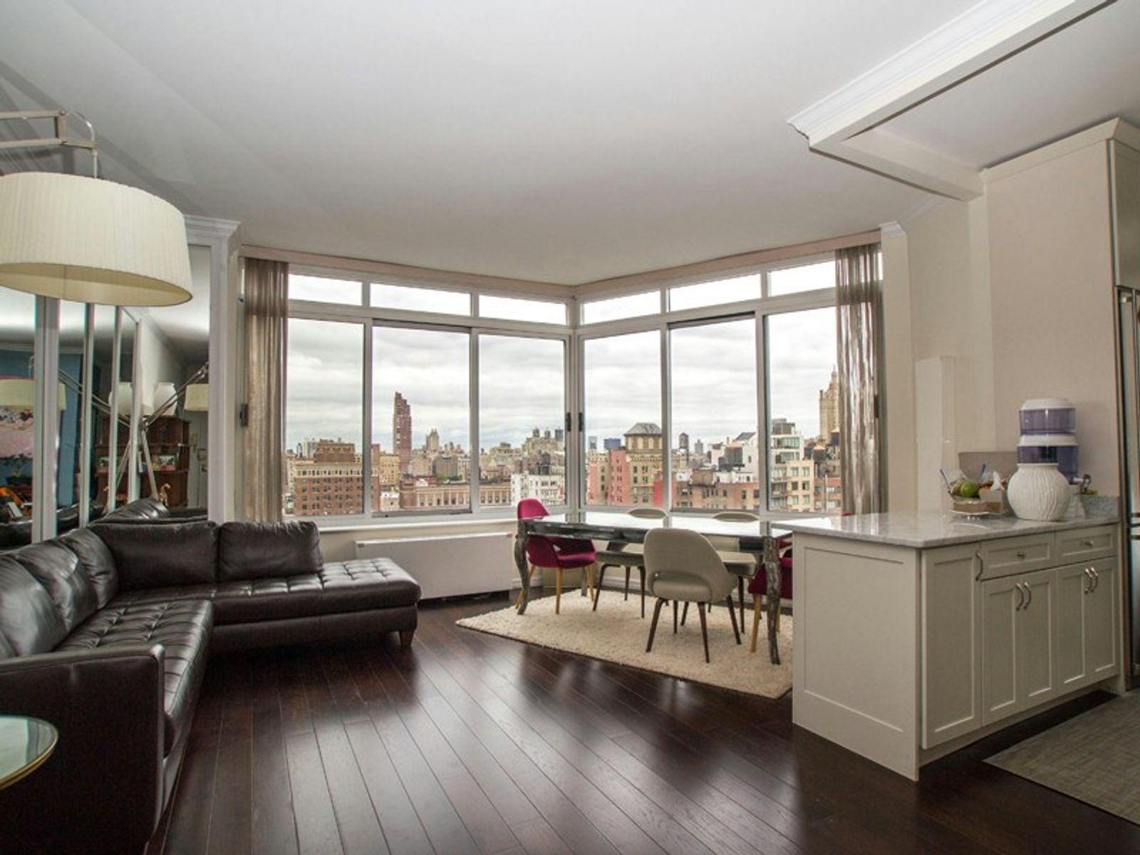 Penthouse Views + 10 foot Ceilings