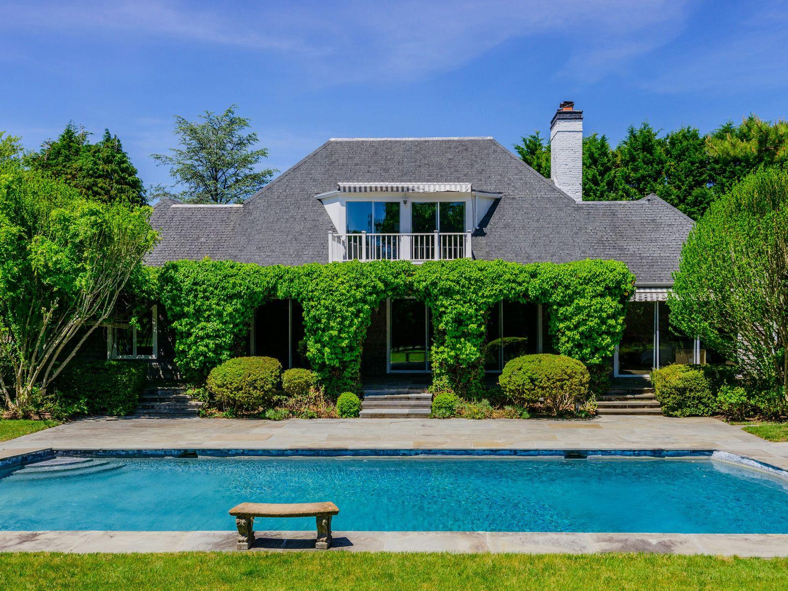 The Perfect Southampton Estate Area