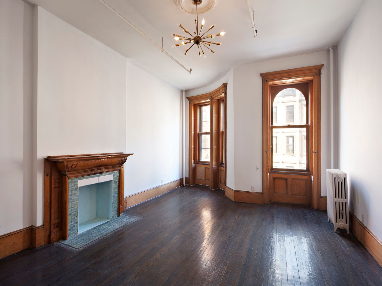 74 W 82nd St, Vacant Townhouse off CPW