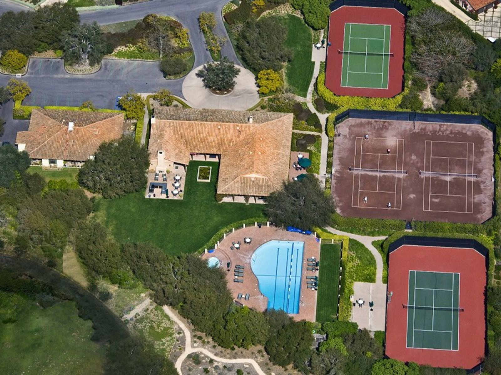 Clubhouse/Pool/Tennis Courts