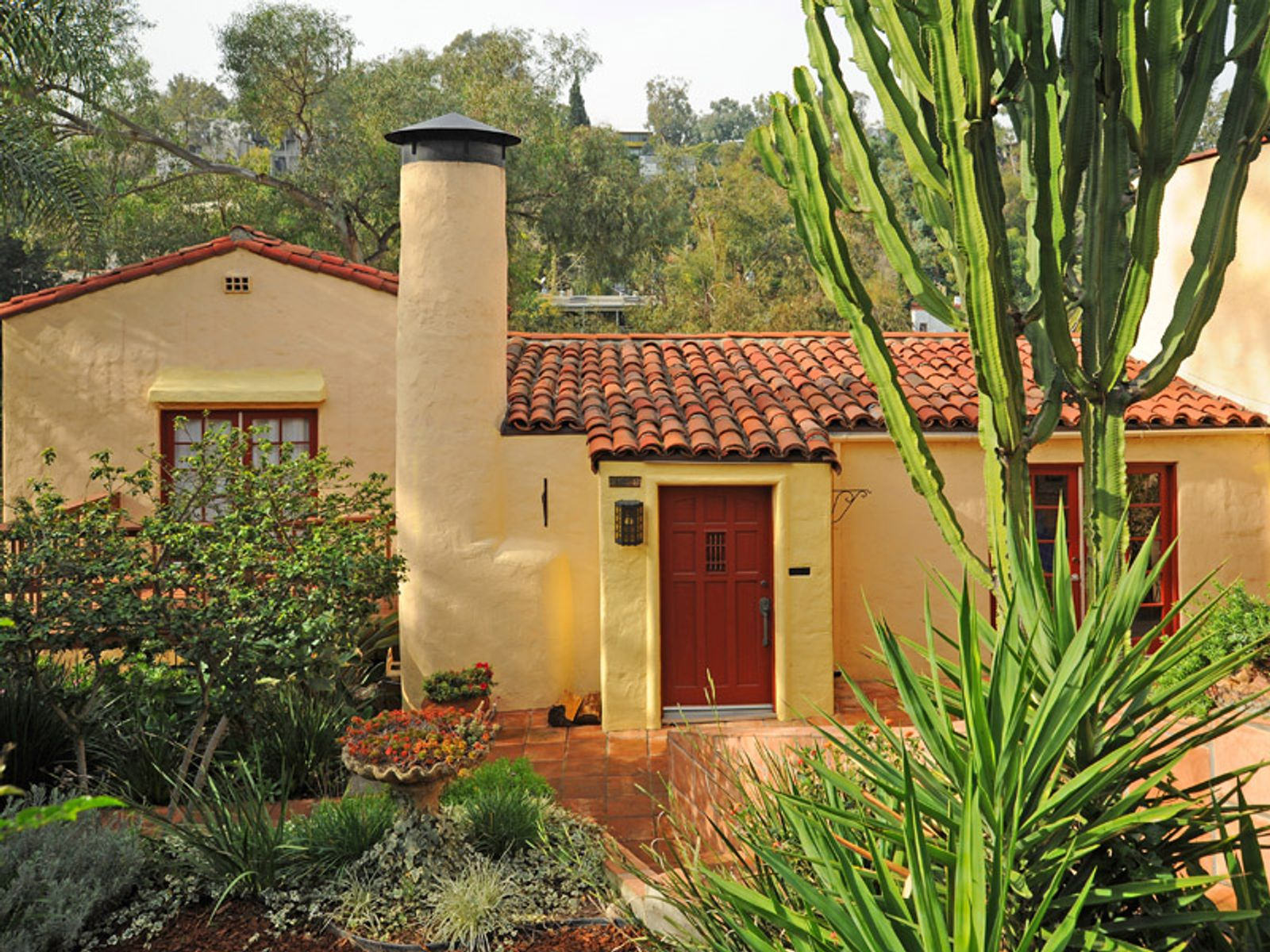 Charming 1929 Spanish, Los Angeles CA Single Family Home - Los Angeles Real Estate