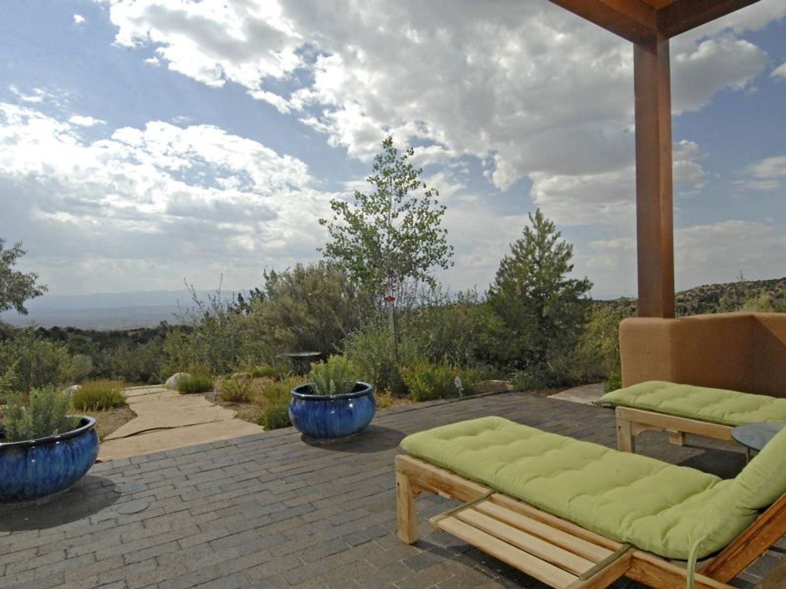 79 Camino Amor, Tesuque NM Single Family Home - Santa Fe Real Estate