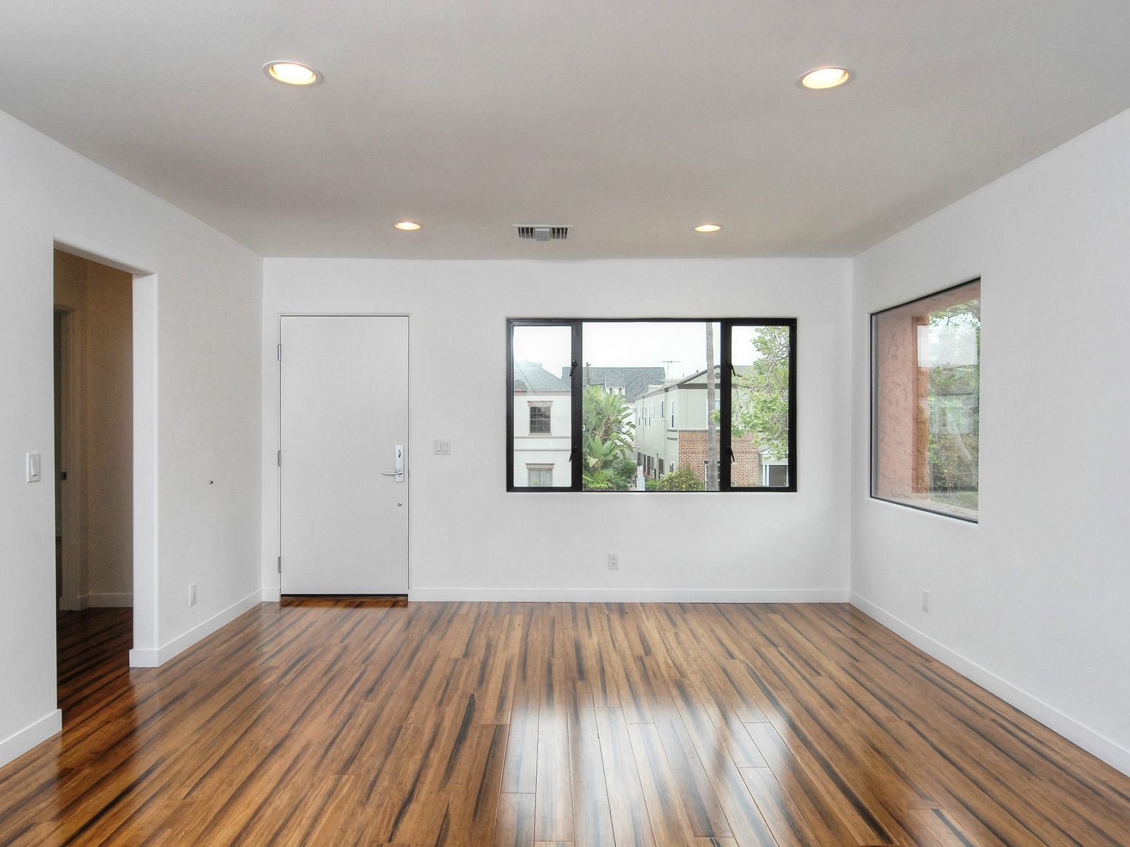 Beautifully Remodeled Unit
