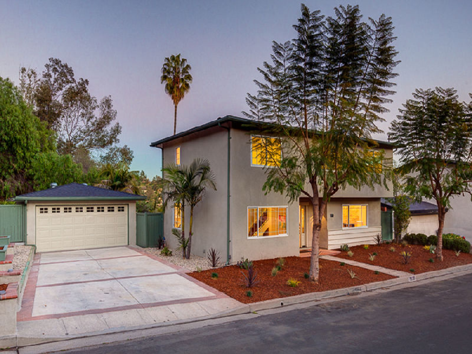 1510 Dogwood Place, Los Angeles CA Single Family Home - Los Angeles Real Estate