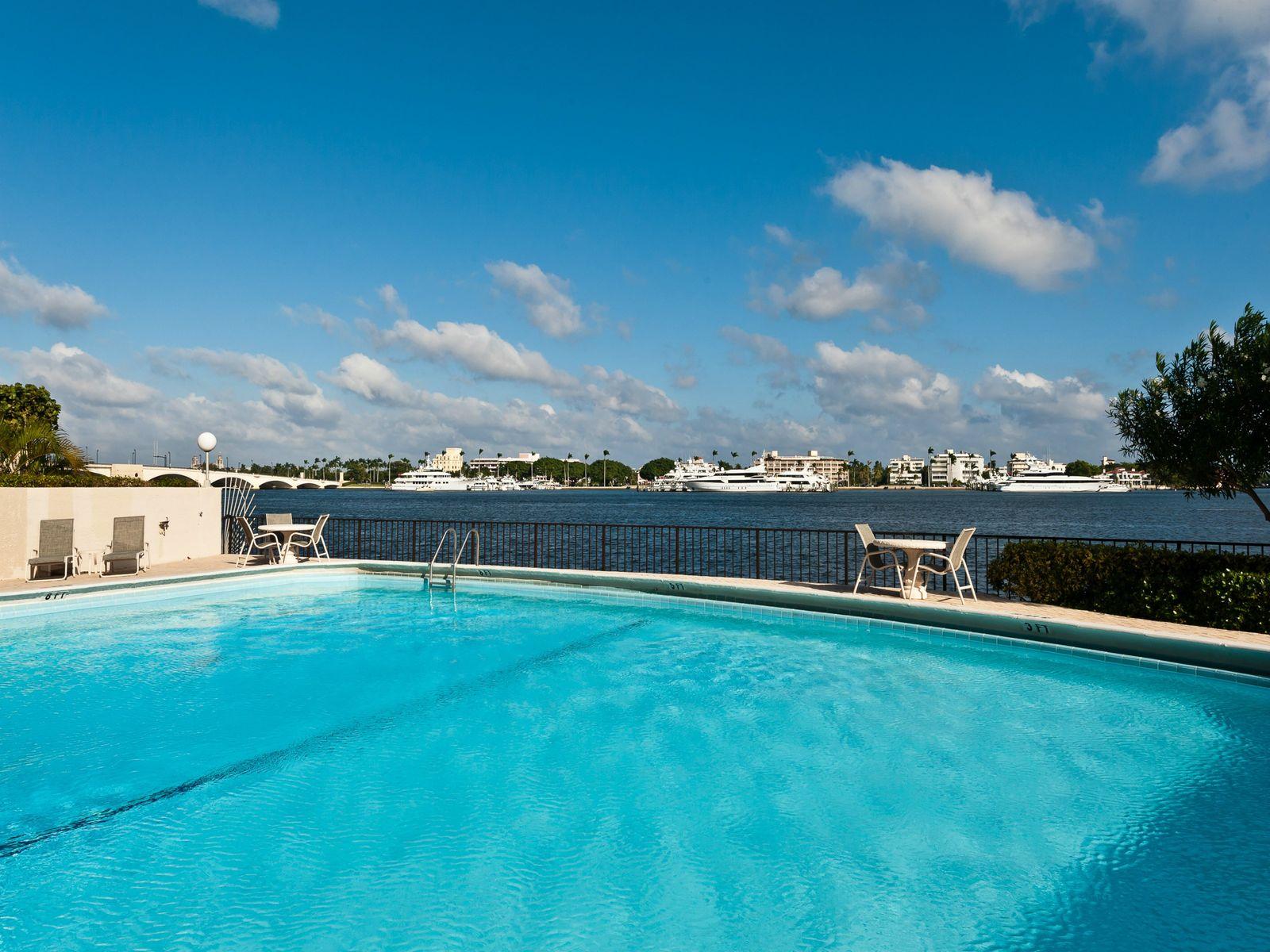 Trianon Condo - West Palm Beach